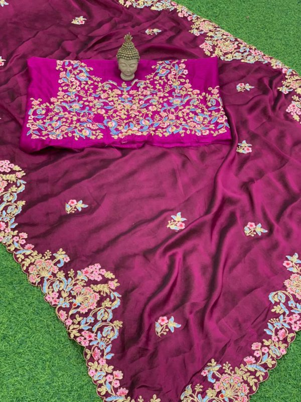 Sophisticated, gleaming and adorned Rangoli Silk Saree With Butta Work - Sophisticated gleaming and adorned Rangoli Silk Saree With Butta Work 8
